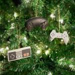 レトロゲーマーにおすすめ!ゲームコントローラーそのままデザインのクリスマス・オーナメント