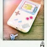 レトロな魅力にシビれるっ!「ブリキのおもちゃ」風に作られたゲームボーイに3DS、ゲームコントローラーたち