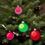 ツリーの飾りをドット絵化!アイロンビーズの手作り8bitクリスマス・オーナメント