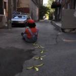 このチープさがアツい!リアルで「マリオカート」を再現したストップモーション・ムービー(ただしカートなし)