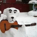 真っ白で超カワイイ…!「どうぶつの森」とたけけの雪だるま