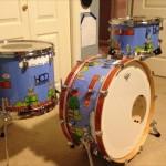 海外のマリオ好きドラマーによって作られた、「スーパーマリオブラザーズ」仕様のドラムセットがカッコいい!