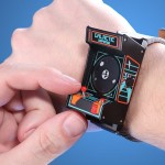 あなたの腕に、常にゲーム筐体を!「Classic Arcade Wristwatch」