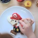 フルーツたっぷり、「マリオ」そっくりな朝食プレートができるまで