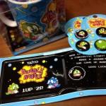 バッジにウォレット、マグカップ…どれも可愛すぎ!海外サイトで「バブルボブル」のグッズを買ってみた