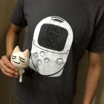 今日のゲームTシャツ:大きなポケステがおしゃれ!「どこでもいっしょ トロ ドット絵Tシャツ」