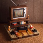 レトロ感がカワイイ!古いテレビとATARI2600のある風景を再現したレゴのジオラマ作品