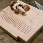ゲーマーのキッチンにはこれを置きたい!「NES」カートリッジ型まな板がおしゃれ