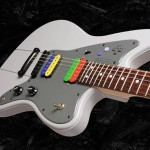 これでゲーム音楽を奏でたい!「スーパーファミコン」デザインのエレキギター