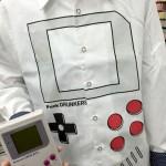 今日のゲームTシャツ:インパクト抜群!ゲームボーイ風「ゲーム少年」シャツ