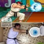 この発想は無かった!トイレで作る、斬新すぎる「波動拳」のコスプレ