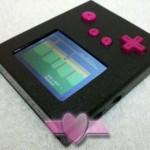 超コンパクト!ATARI2600のカートリッジを改造して作られた「Pocket Atari」がスゴい