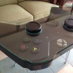 ゲーム部屋に置きたい!巨大な「Xbox One」コントローラー型の手づくりテーブルがすごい