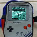 海外の当時モノ、「ゲームボーイ」専用ポケットつきのバックパックが超おしゃれだった件